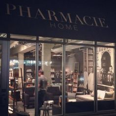 New Must Stop Shop: Pharmacie