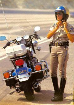 Pin By Craig Johnson On Ca Police Cars Police Medic Men In Uniform