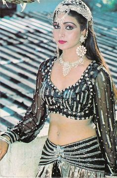 Indian Actress Hot Pics, Indian Bollywood Actress, Beautiful Bollywood Actress, Most Beautiful Indian Actress, Indian Actresses, 80s Actresses, Cute Beauty, Beauty Full Girl, Beauty Women