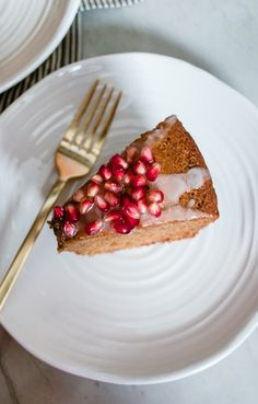 RECIPE: Honey Cake with Pomegranates from www.sprinkledsideup.com