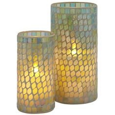 Infused with a coastal blend of jasmine, gardenia, melon and white lilac fragrances, these flameless LEDs are a modern update to classic mosaic artistry and worry-free candlelight.