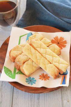 Bread Baking, Cornbread, Donuts, Pineapple, Sweets, Fruit, Cooking, Breakfast, Cake