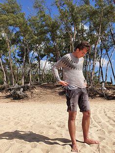 Ravelry: lindtski's *testknit* Gardengate sweater Yarn Needle, Yarn Colors, Ravelry, Sporty, Beach, Sweaters, The Beach, Beaches, Sweater