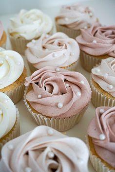 Fika, Mini Cupcakes, Macarons, Sweet Recipes, Cheesecake, Deserts, Snacks, Tasty, Sweets