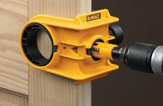 Use this brilliant DEWALT Door Lock Installation Kit to easily connect locks on wood and metal doors. Cool Woodworking Projects, Woodworking Jigs, Diy Projects, Woodworking Organization, Woodworking Quotes, Auction Projects, Intarsia Woodworking, Lathe Projects, Woodworking Workshop