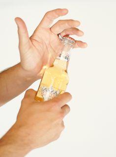 Use your wedding ring to pop bottle tops #partyhacks #smirnoff