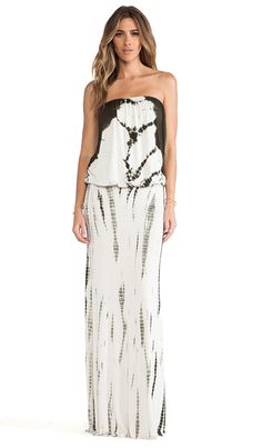 Shop for Young, Fabulous & Broke Sydney Maxi in Olive Jungle Wash at REVOLVE. Love Fashion, Fashion Beauty, Fashion Outfits, Nice Dresses, Casual Dresses, Lil Black Dress, Young Fabulous And Broke, Revolve Clothing, Ladies Dress Design