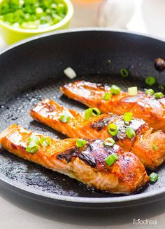 Easy Crispy Honey Garlic Salmon | Community Post: 45 Healthy Recipes For Almost Every New Year's Resolution Diet
