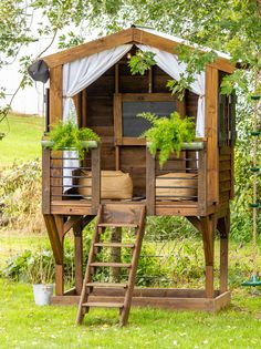 98 Likes, 35 Comments - Erin Backyard Treehouse, Backyard House, Backyard Playground, Large Backyard, Backyard For Kids, Backyard Landscaping, Backyard Swing Sets, Playhouse Interior, Diy Playhouse