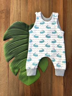 Whale Romper Easy Wear, Cute Kids, Whale, Rompers, Knitting, Cotton, How To Wear, Clothes, Fashion