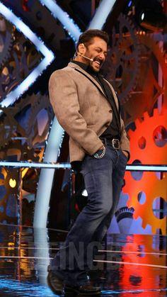 Sultan Salman Khan, Salman Khan Wallpapers, Salman Khan Photo, Handsome Celebrities, Vintage Bollywood, King Of Hearts, Famous People, Big Big, Mens Fashion