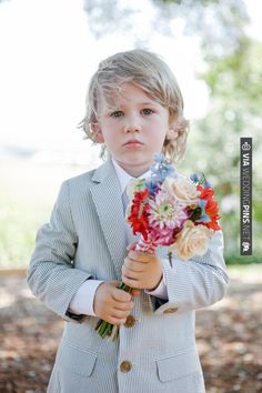 ring bearer in seersucker | CHECK OUT MORE IDEAS AT WEDDINGPINS.NET | #weddings #flowergirls #ringbearers