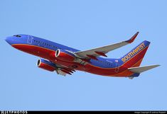Photo of N915WN - Boeing 737-7H4 - Southwest Airlines