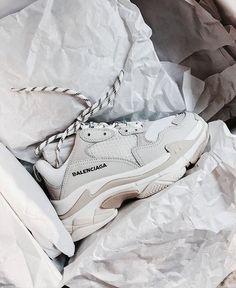 0afb6cb81a1 Tendance Sneakers 2018   Dupe des Balenciaga Triple S