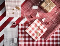 How to make the most of your holiday gift-wrapping - IKEA Ikea Christmas, Nordic Christmas, Christmas Balls, Christmas Tree Ornaments, Christmas Holidays, Ikea Presents, Ikea New, Christmas Decorations To Make, Cool Things To Make