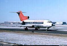 Boeing 727-151C, Northwest Orient Airlines, N489US, cn 19868/529, first flight 29.1.1968 (Northwest Airlines). Foto: Chicago, United States, 18.1.1981.
