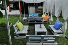 23 Super Smart Ideas To Transform Old Pallets Into Functional Outdoor Furniture