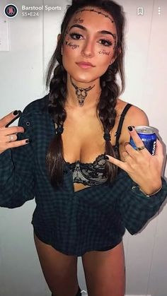 post malone costume post malone costume Related posts:Nails design purple halloween IdeasHomemade Halloween DecorationsLast-Minute Halloween Costumes That Require Almost No Effort to Make Halloween Costumes For Brunettes, Badass Halloween Costumes, Couples Halloween, Halloween Outfits, Barbie Halloween Costume, Halloween Costumes For College, Women Halloween, Halloween Makeup, Celebrity Halloween Costumes