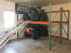 See more ideas about Garage tools, Garage workshop and Man cave garage. From woodworking to metalworking and beyond, discover the best garage workshop ideas. Garage Shed, Barn Garage, Garage Tools, Man Cave Garage, Garage House, Dream Garage, Small Garage, Modern Garage, Garage Storage Solutions