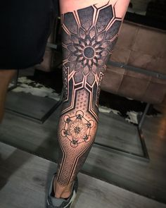 ➕ ➕ Tattoo Artis tattoo tattoo tattoo calf tattoo ideas tattoo men calves tattoo thigh leg tattoo for men on leg leg tattoo Leg Tattoo Men, Calf Tattoo, Leg Tattoos, Body Art Tattoos, Tribal Tattoos, Sleeve Tattoos, Maori Tattoos, Small Tattoos, Tatoos
