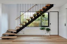 Local Australian Architecture And Interior Design Treetop House Created By Ben Callery Architects 9 - The Local Project Wooden Staircase Design, Home Stairs Design, Floating Staircase, Staircase Railings, Wooden Staircases, Railing Design, Spiral Staircases, House Staircase, Stair Design