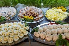 Śniadanie na świeżym powietrzu? Dlaczego nie! :) Na łonie natury smakuje najlepiej. http://www.hotelklimek.pl/ #śniadanie #śniadanienatrawce #piknik #breakfest #wakacje #lato #pyszności #hotelklimek #polskiegóry #muszyna