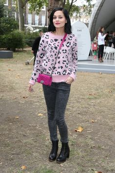 perfect loook from head to toe! #leopard #chanel