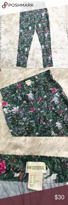 """H&M Concious Collection Garden Print Joggers Silky feel joggers from H&M's Conscious Collection. Garden floral print. Size extra small. Approx. measurements - waist 13.5"""" (unstretched); inseam 28. H&M Pants Track Pants & Joggers"""