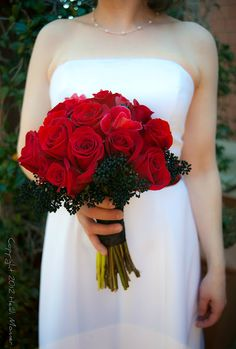 Her bouquet was absolutely GORGEOUS.