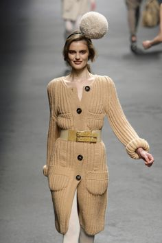 Sonia Rykiel at Paris Fashion Week Fall 2010 Sweater Jacket, Suit Jacket, Sonia Rykiel, Knit Fashion, Fall Winter Outfits, Paris Fashion, Knits, Knit Crochet, Cardigans