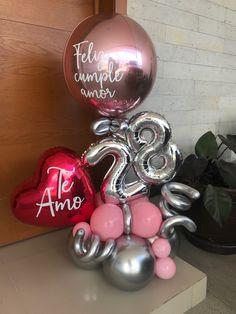 How To Make Balloon, The Balloon, Boquet, Balloon Bouquet, Birthday Balloon Decorations, Birthday Balloons, Birthday Cupcakes, Diy Birthday, Balloon Arrangements