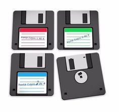 Porta copos disquete floopy é uma forma divertida de evitar manchas em sua mesa e ainda decorar o ambiente com um toque fun design.  #portacopo #portacopos #disquete #disquetefloopy #decorzziello #mundogeek