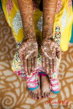 Bridal Mehndi for a Pakistani wedding #henna #shaadibazaar