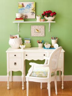 I like the reversal of the colors-- white furniture on a fresh green