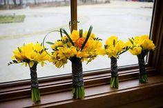 daffodils for a spring wedding