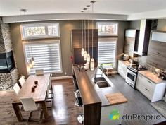 I sold without commission with the help of DuProprio team! Open Plan Kitchen Living Room, Kitchen Dinning Room, Home Decor Kitchen, Interior Design Kitchen, Home Kitchens, Küchen Design, House Design, Sweet Home, New Homes