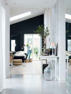 Love the black walls and white floors. by lynn