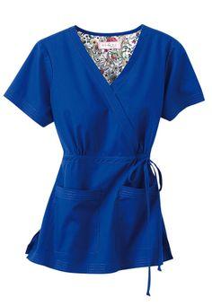 Koi Katelyn mock-wrap scrub top my favorite tops! Scrubs Outfit, Scrubs Uniform, Dental Scrubs, Medical Scrubs, Nursing Scrubs, Royal Blue Scrubs, Cute Scrubs, Koi Scrubs, Work Uniforms