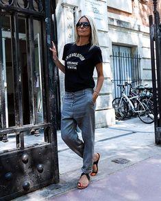 Grunge T Shirts Women's Sport Chic, Fashion Pants, Fashion Outfits, Fashion Trends, Fashion Fashion, Fashion Videos, Fashion Websites, Fashion Advice, Fashion Styles