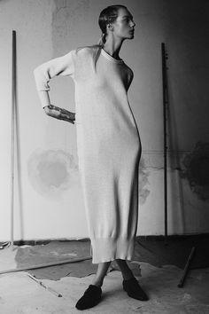 Aragi Studio's collection on Majestigal via: http://www.majestigal.com/magazine/aragistudio #photography #fashion #fashiondesign #designer #creative #magazine #style #inspiration #editorial #stylish #creativity #youth