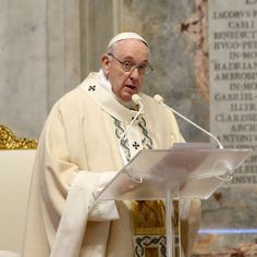 Pope Francis Urges Solidarity In A COVID-19 World In Rare Op-Ed