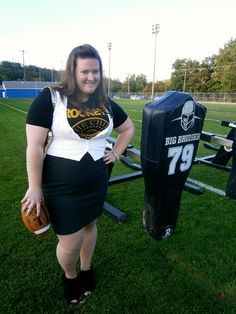 Chels Wears: Dressy Black & Gold - Vera Wang skirt, New York & Co. Vest & Grand Scheme PGH Steelers shirt with black booties