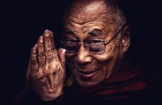 """At the end of his talk someone from the audience asked the Dalai Lama, """"Why didn't you fight back against the Chinese?"""" The Dalai Lama looked down, swung his feet just a bit, then looked back up at us. Citation Dalai Lama, 14th Dalai Lama, Tibetan Buddhism, Quantum Physics, When You Love, Best Relationship, Compassion, Life Lessons, My Idol"""