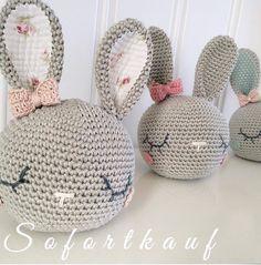 Mesmerizing Crochet an Amigurumi Rabbit Ideas. Lovely Crochet an Amigurumi Rabbit Ideas. Crochet Home, Love Crochet, Beautiful Crochet, Diy Crochet, Crochet Dolls, Crochet Cushions, Crochet Pillow, Amigurumi Patterns, Crochet Patterns