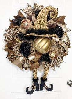 Your place to buy and sell all things handmade Halloween Witch Wreath, Halloween Bows, Halloween Door Decorations, Halloween Crafts, Fall Decorations, Halloween Magic, Retro Halloween, Fall Crafts, Halloween Ideas