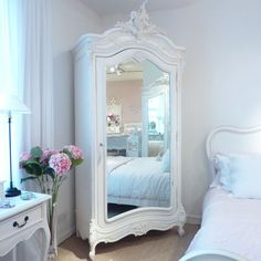 Chateau White Mirrored Armoire : Beau Decor French / Shabby Chic Style decor. |||| Great use of a corner! And such a beautiful armoire.