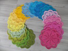 .: Crochê: Conjunto de Susplait Arco Íris