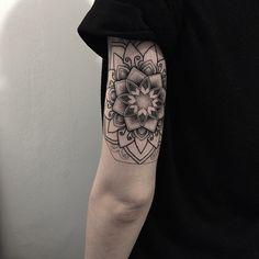 In progress #sashatattooing #linework #dotwork #tattoo #spb