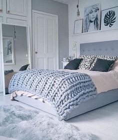 Knit blankets are great ways to make your bedroom cozy!