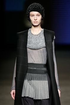 MIRIAM PONSA, http://www.bold-magazine.eu